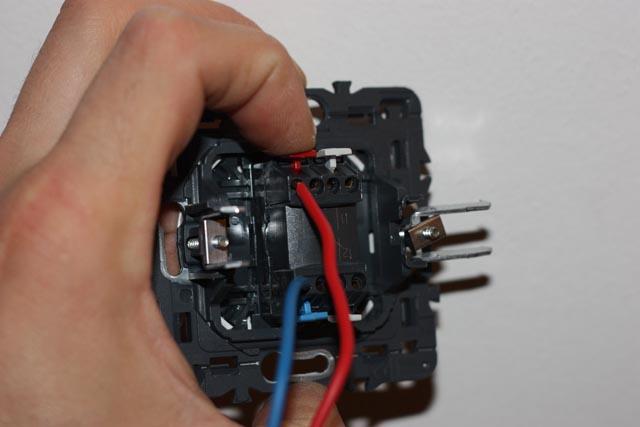 Changer-interrupteur-poussoir