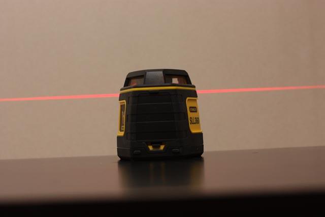 test niveau laser stanley sll360. Black Bedroom Furniture Sets. Home Design Ideas