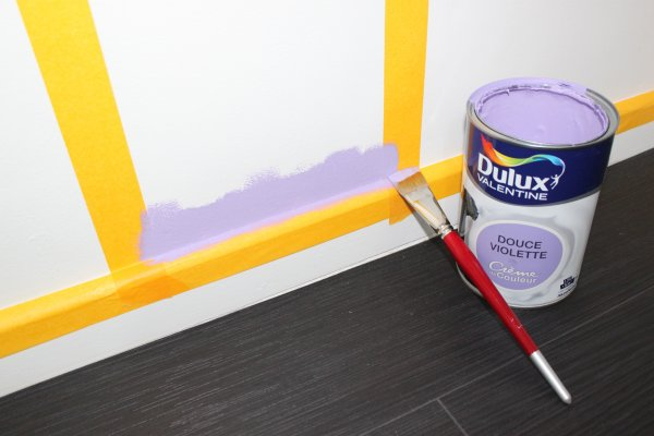 adhesif perfect commencer par peindre les angles zonetravaux bricolage d coration. Black Bedroom Furniture Sets. Home Design Ideas