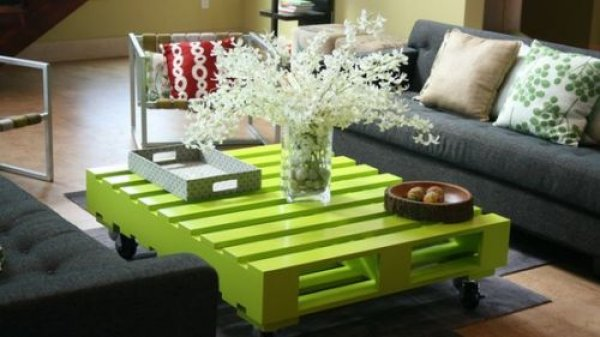 D.I.Y. Table verte en palette