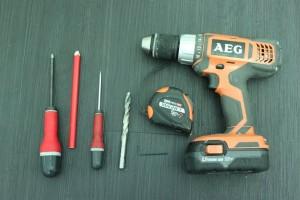 Liste des outils utilisés pour installer une tringle à rideaux