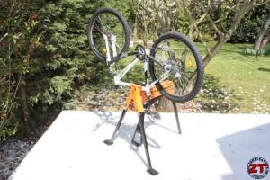 Serrage d'un vélo avec l'étau Superjaws
