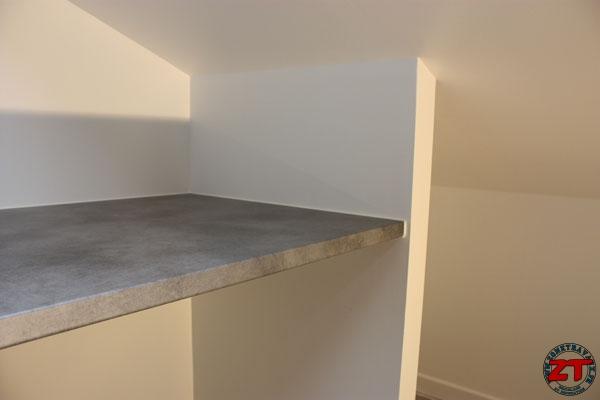 Astuce zt poser un joint silicone proprement - Comment poser un plan de travail dans une cuisine ...