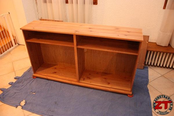 Tuto repeindre un meuble en kit for Peinture sur meuble ancien