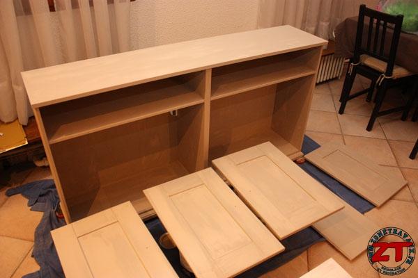 peinture meuble ikea 10 zonetravaux bricolage d coration outillage jardinage. Black Bedroom Furniture Sets. Home Design Ideas