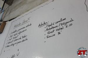 Installer tableau blanc Velleda (13)