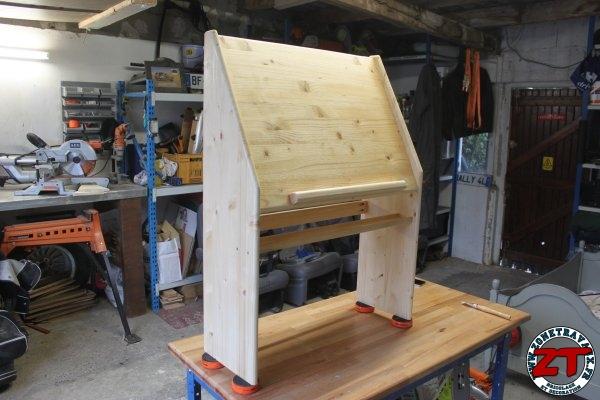 cr a fabriquer un chevalet de peinture pour enfant zone travaux bricolage d coration. Black Bedroom Furniture Sets. Home Design Ideas