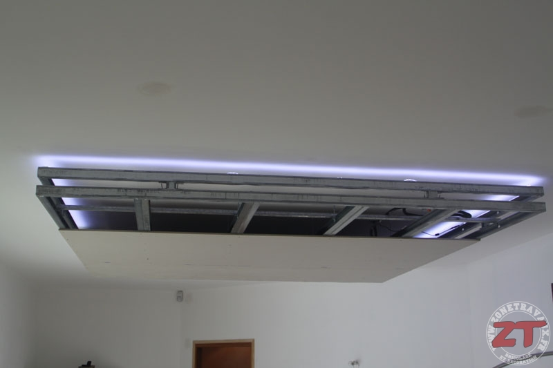 ruban led faux plafond cheap jpg with ruban led faux plafond great faux plafond salle de bain. Black Bedroom Furniture Sets. Home Design Ideas