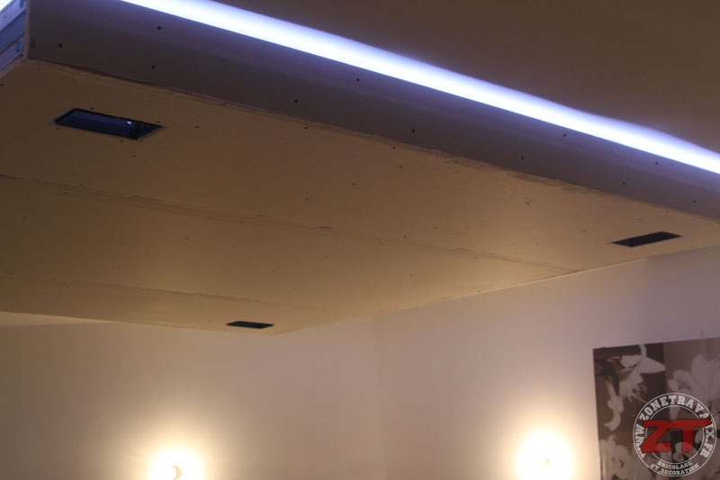 faux plafond spot led 52 zonetravaux bricolage. Black Bedroom Furniture Sets. Home Design Ideas