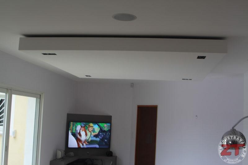 brico cr ation d un faux plafond avec ruban led et spots zone travaux bricolage d coration. Black Bedroom Furniture Sets. Home Design Ideas