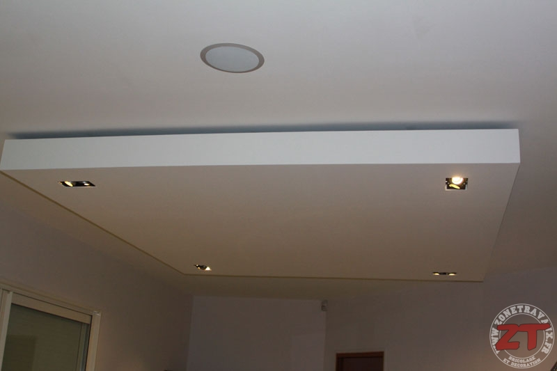 Brico cr ation d un faux plafond avec ruban led et spots for Photo faux plafond pour cuisine