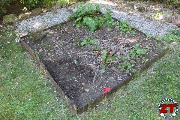 Fiskars outils de jardinage solid 40 zonetravaux for Outil de jardinage fiskars