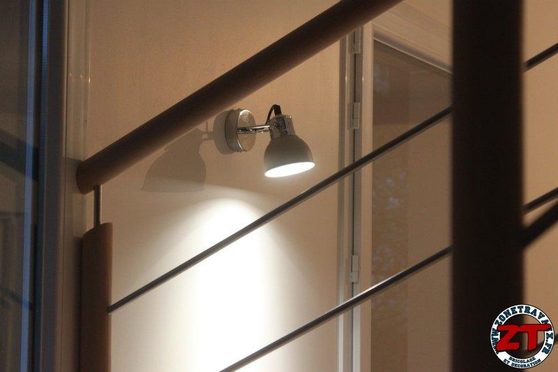 tutoriel installer une applique murale d 39 int rieur et ampoule led. Black Bedroom Furniture Sets. Home Design Ideas