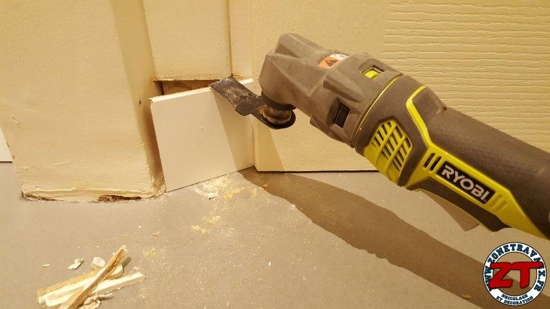 Tutoriel en photos comment poser des plinthes sur un mur for Decoupe plinthe angle