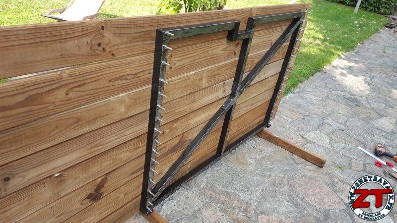 tutoriel fabriquer et restaurer un portillon en bois et. Black Bedroom Furniture Sets. Home Design Ideas