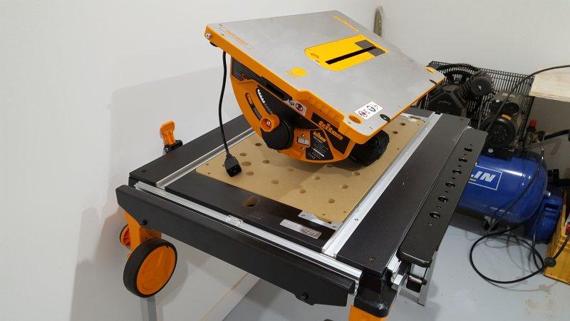 triton module banc de scie twx7 cs001 4 zonetravaux. Black Bedroom Furniture Sets. Home Design Ideas